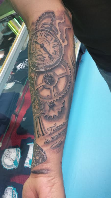 clock-tattoo